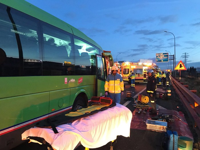 accidente autobús pinto