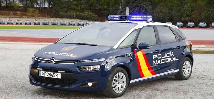policia bebé