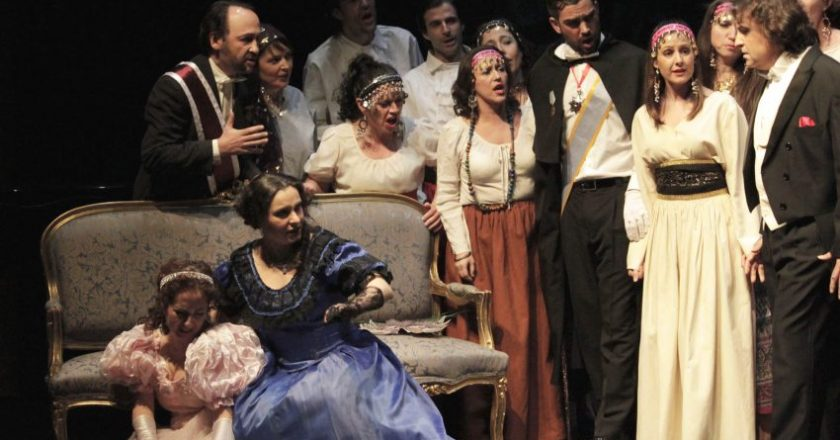 ópera la Traviata teatro Parla